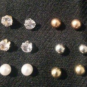 Jewelry - Earring bundle (6 pair)